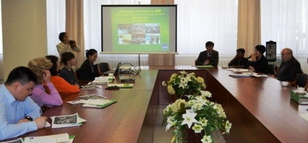 3Apr-Briefing-Astana-1Apr13